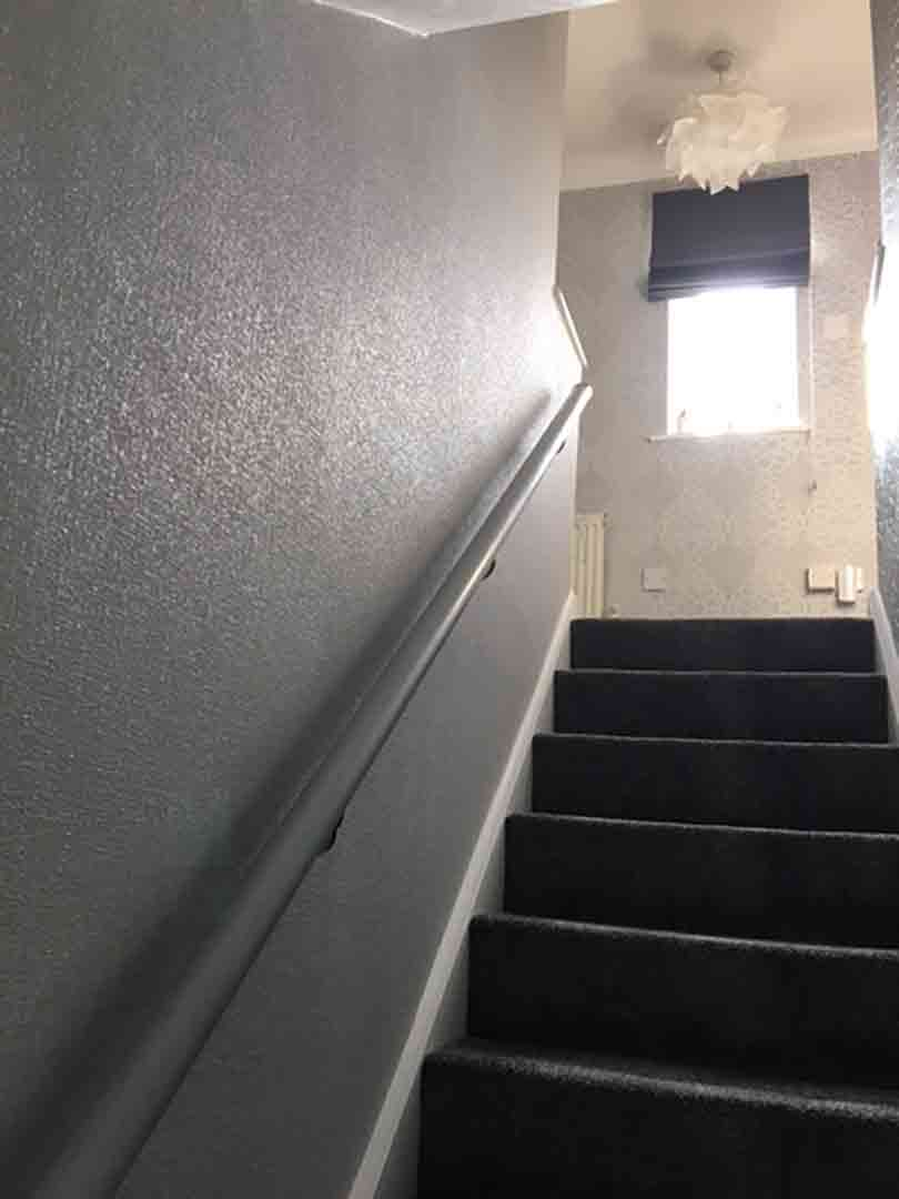 painter decorator lowestoft - Modern Stairwell Fully Wallpapered 02