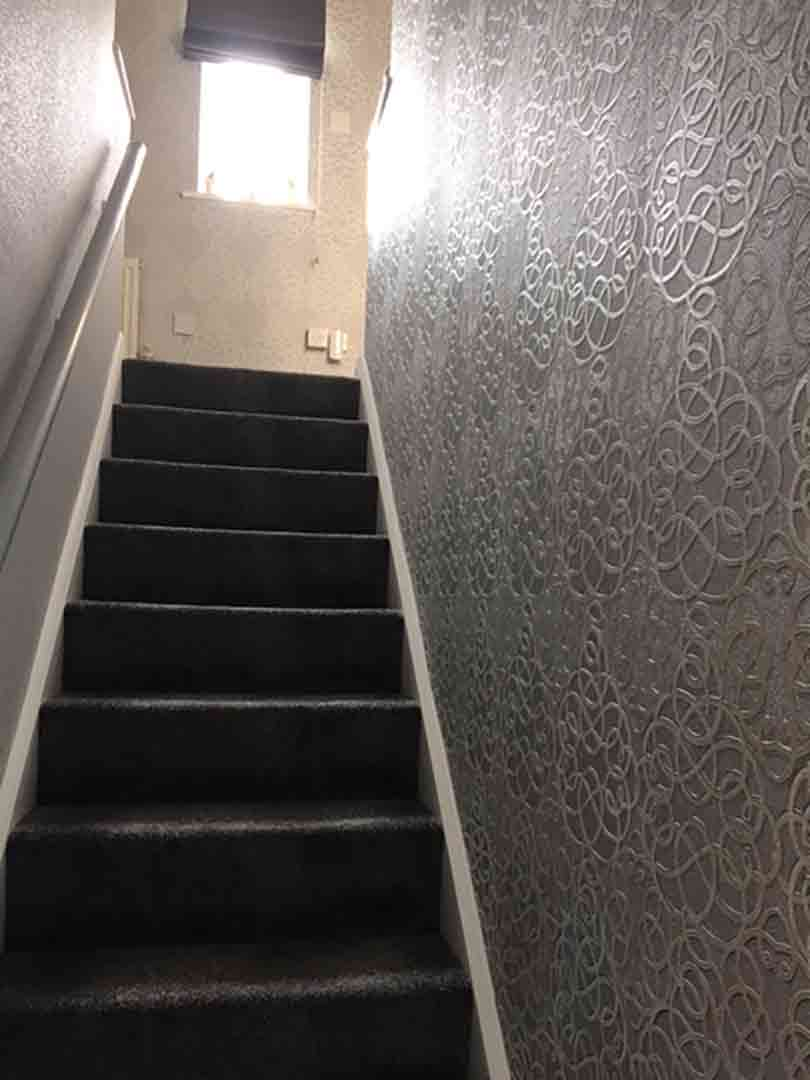 painter decorator lowestoft - Modern Stairwell Fully Wallpapered 03